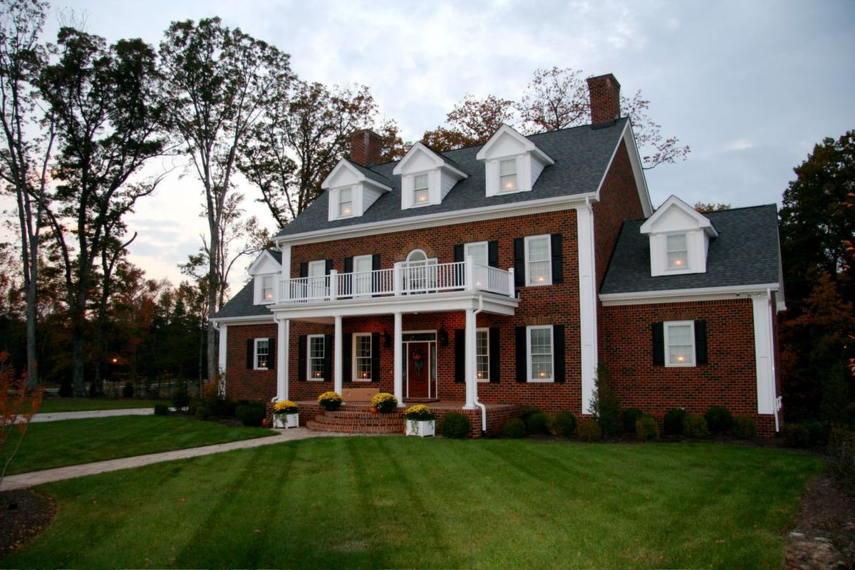 Gallery coynerco energy efficient homes for Colonial brick